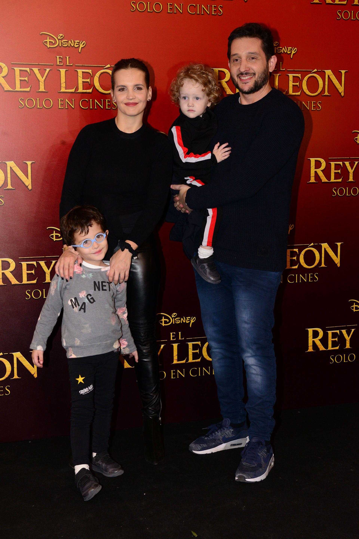 Sabrina Garciarena, Germán Paoloski y sus hijos.