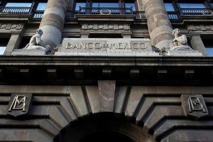 Imagen de archivo. Fachada del edificio del banco central mexicano ubicado en el Centro Histórico de la capital Ciudad de México México. 28 de febrero de 2019. REUTERS  Daniel Becerril