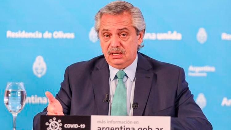 El presidente Alberto Fernández, durante la conferencia de prensa donde comunicó la extensión de la cuarentena obligatoria hasta el 26 de abril
