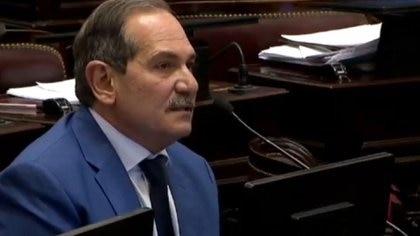 Alperovich en su banca cuando cumplía funciones como senador por Tucumán