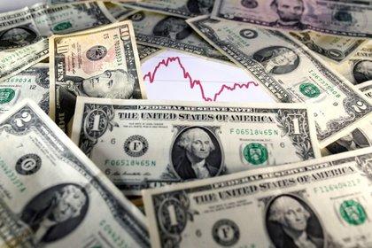 """El esquema actual para el """"dólar Bolsa"""", según explican los inversores, favorece la operación en las cuevas."""