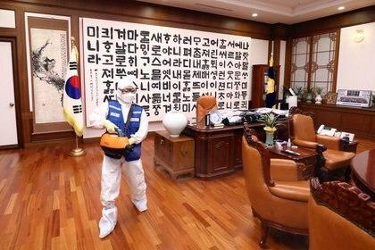 En Corea del Sur se encienden las alarmas por el aumento de infectados por el virus