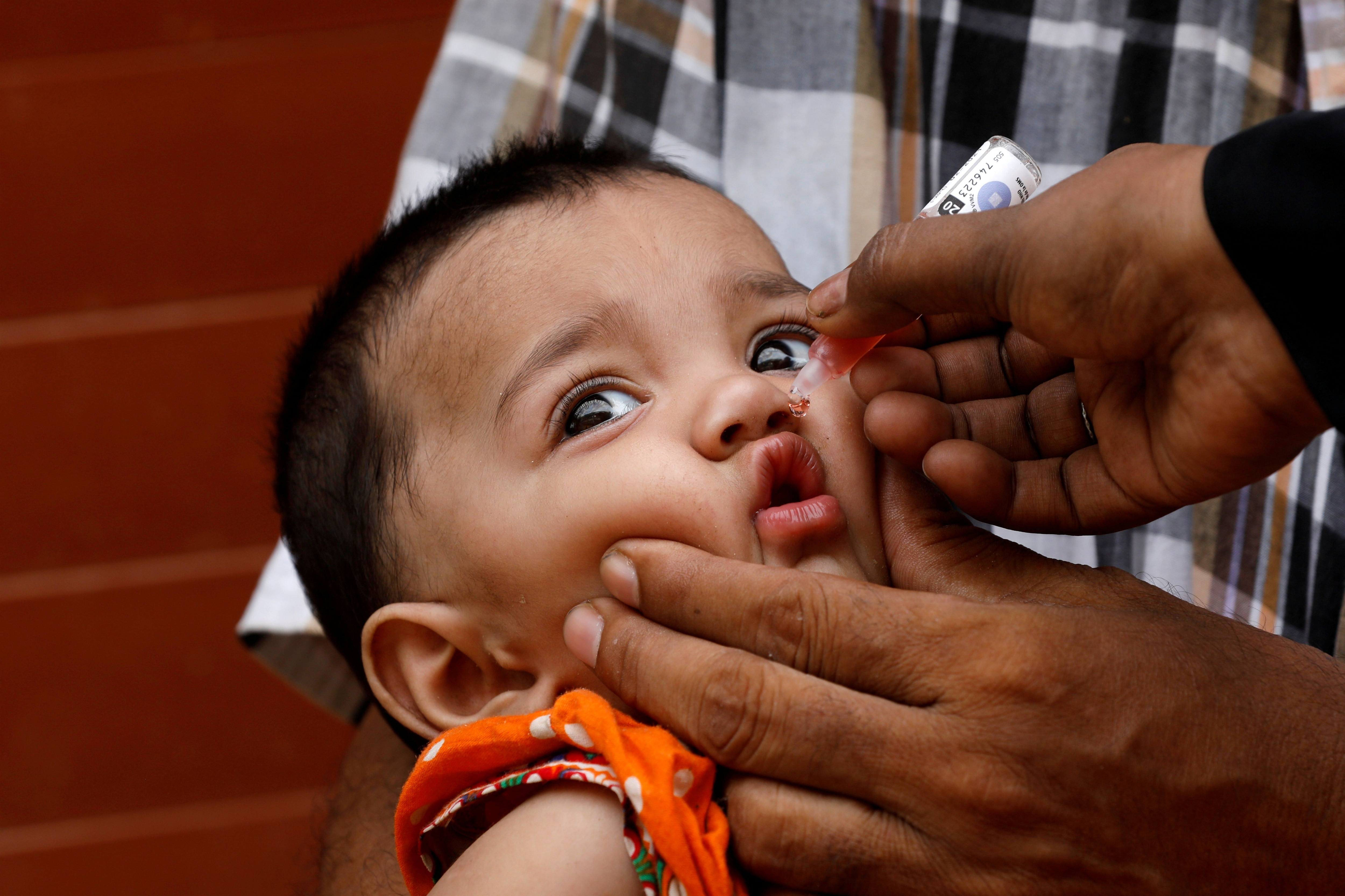 El objetivo era dar 30 millones de vacunas en tres meses (Reuters)
