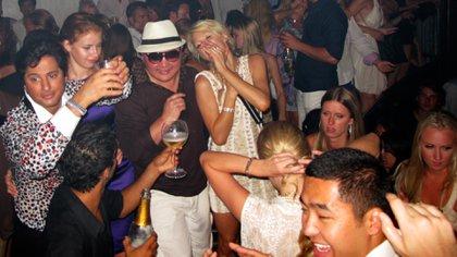 Jho Low, Paris Hilton y siempre mucho champagne alrededor (Grosbygroup)