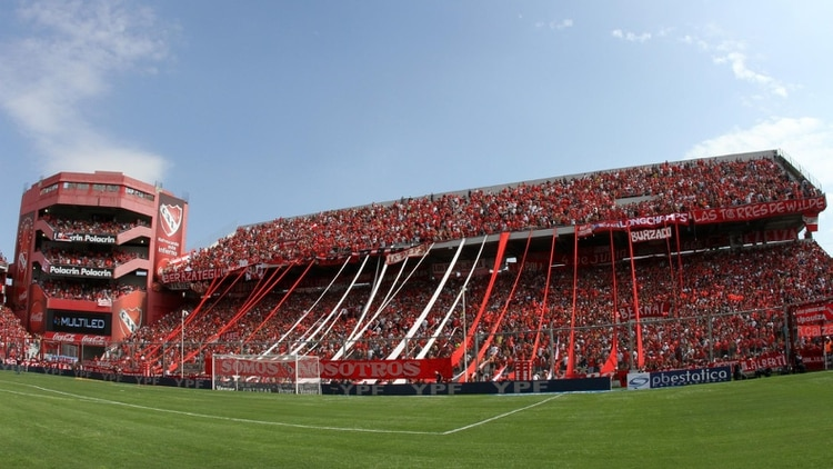 El Estadio <strong><a href=