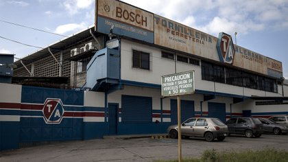 Una fábrica abandonada en Guatire (Bloomberg)
