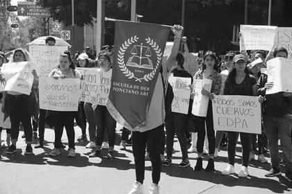 Estudiantes de la EDPA denunciaron incertidumbre sobre la validez oficial de sus estudios y respecto a los requisitos de titulación (Foto: Facebook/@INFO EDPA Oficial)