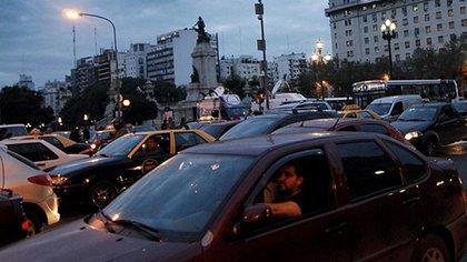 La calidad del aire también se ve afectada por los ruidos que genera el tránsito (Nicolás Stulberg)