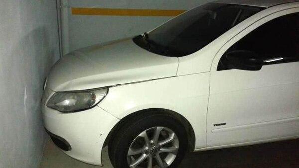 El asesino chocó el auto de Ibáñez dentro del estacionamiento al intentar escaparse