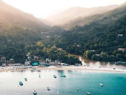 Playa Jalisco (Foto: Instagram @jalisco.esmexico vía @_luis_cantu)