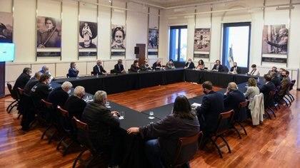El gabinete económico, en una reunión con empresarios y sindicalistas