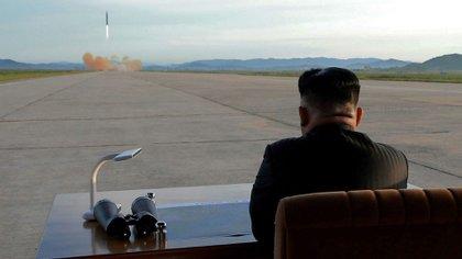 El régimen de Kim Jong-un contempla la posibilidad de retomar las pruebas de misiles