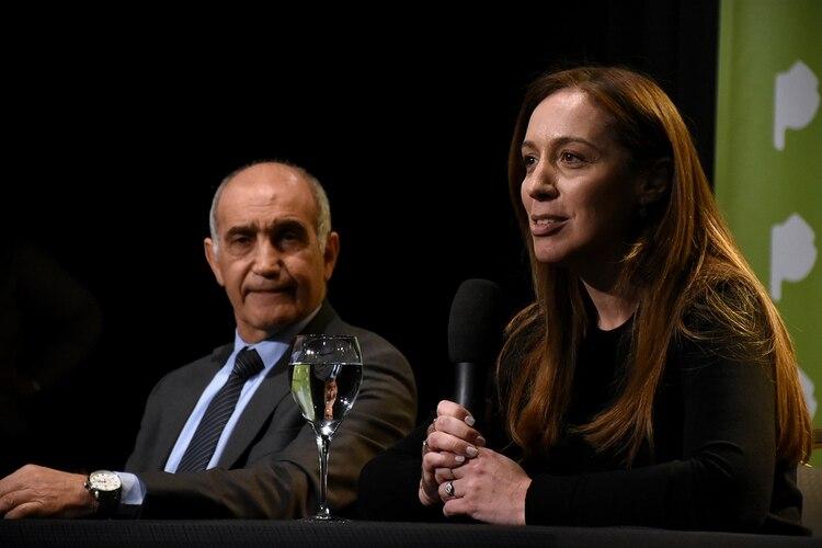 Salvador y Vidal durante la conferencia de prensa que ofreció hoy para evaluar la derrota en las PASO (Nicolás Stulberg)