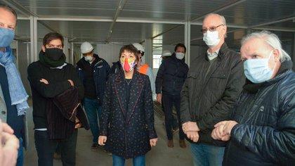 Daniel Gollán durante una recorrida por los hospitales del conurbano (@JefaturaPba)