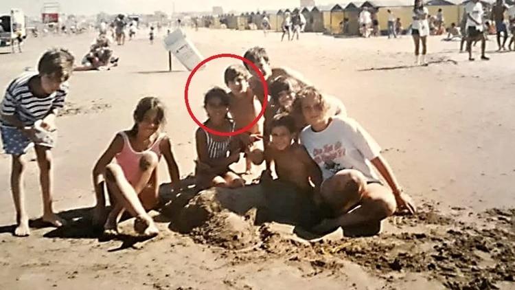 Messi y Antonela a los 10 años en las playas de Mar del Plata (Foto: La Capital de Mar del Plata)