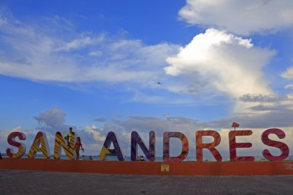 Un proyecto del Gobierno pretende beneficiar la reactivación económica del archipiélago. EFE/Ricardo Maldonado Rozo/Archivo