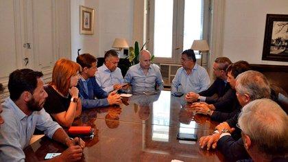 El mes pasado la reunión se hizo en el despacho de Mario Negri.