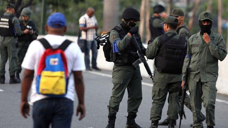 Los militares desplegados( REUTERS/Manaure Quintero)