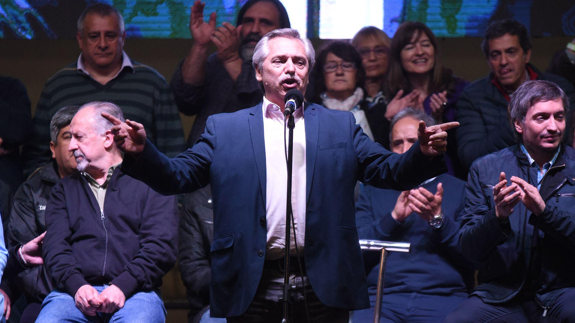 Alberto Fernández en el congreso de la CTA que decidió sumarse a la CGT.