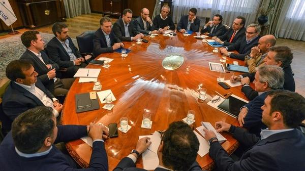 Dujovne reunió ayer al gabinete económico.