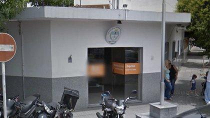 El frente de la comisaría donde ocurrieron los hechos denunciados.