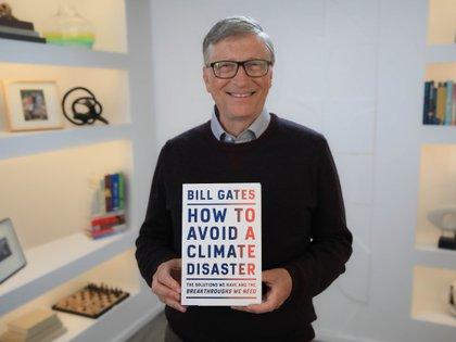 """En su nuevo libro Gates desarrolló un concepto, la """"prima verde"""": la diferencia en el costo entre hacer algo de una manera en la que produce gases del efecto invernadero y hacer lo mismo sin las emisiones."""