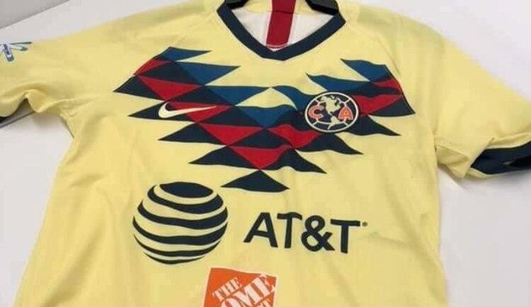 d200ae793b La nueva camiseta del América retomó los rombos que asemejan al plumaje de  un águila (