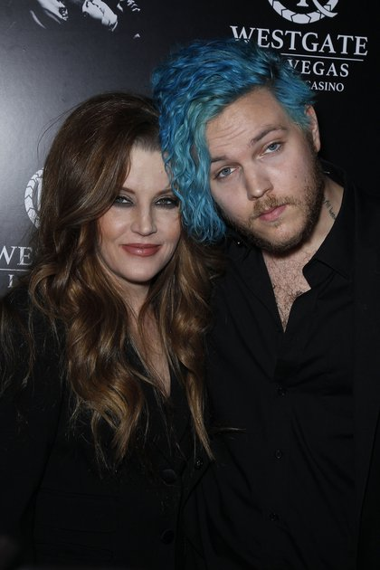 Lisa Marie Presley con su hijo mayor Benjamin Keough