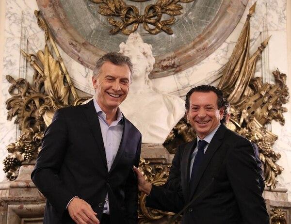 Dante Sica con el presidente Mauricio Macri, cuando asumió como ministro de Producción