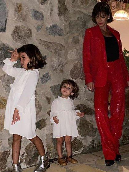 La China Suárez y sus hijas Rufina y Magnolia preparadas para recibir el 2020 (Foto: Instagram)