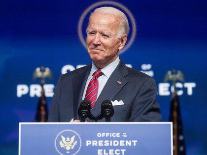 Joe Biden da un discurso en la sede del equipo de transición el pasado viernes (REUTERS/Leah Millis)