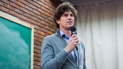 Martín Lousteau estuvo presente en Mendoza, acompanó al radical Rodolfo Suárez, quien obtuvo un amplio triunfo y se coronó como próximo gobernador
