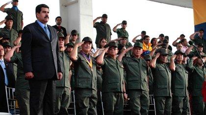 Nicolás Maduro hace silencio ante la lealtad guerrillera