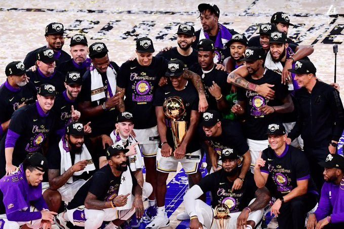 Los Ángeles Lakers conquistaron su 17º anillo de la NBA (Europa Press)