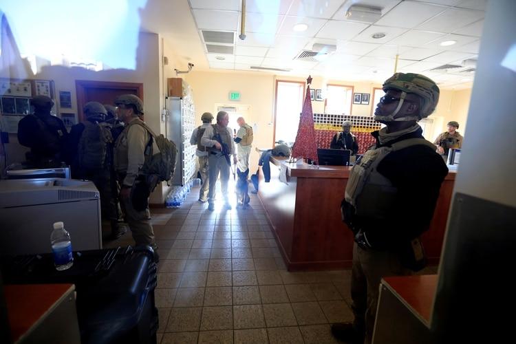 El interior de la embajada (REUTERS/Thaier al-Sudani)