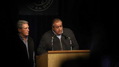 Carlos Acuña y Héctor Daer deberán seguir al frente de la CGT al menos hasta septiembre de 2021