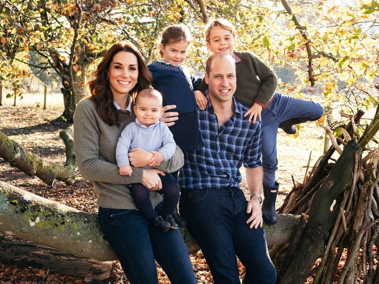 Los duquesa deCambridge con sus tres hijos: Louis, Charlotte y George