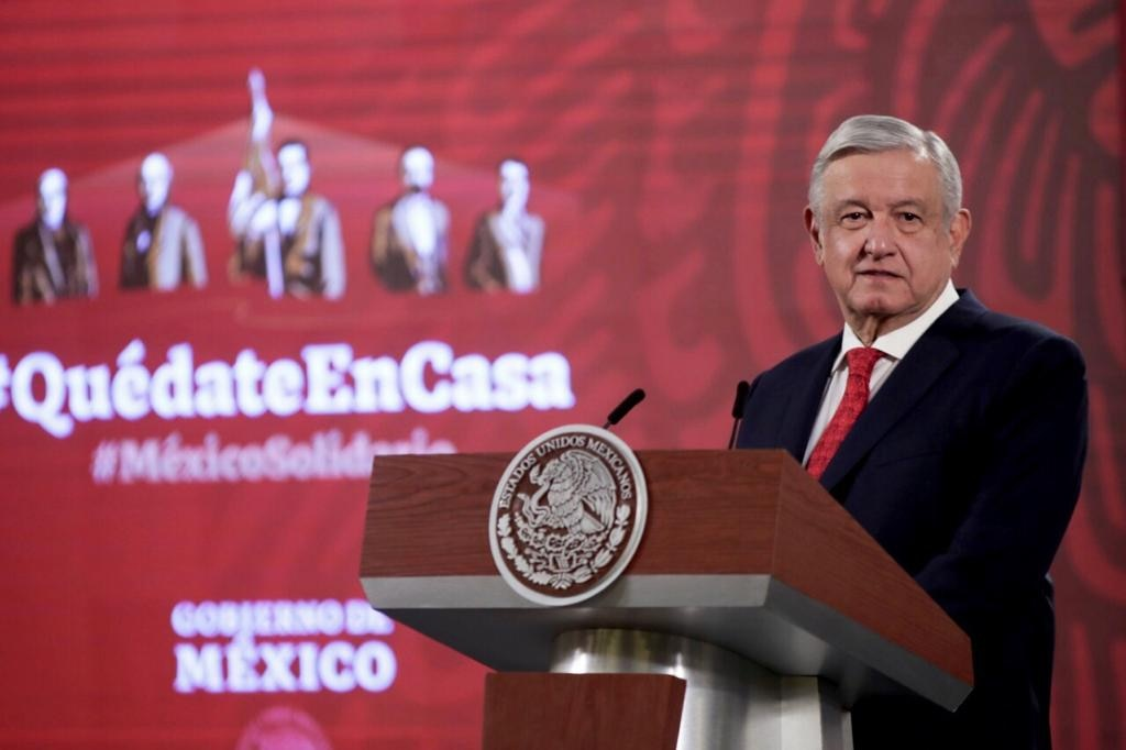 """""""We are not equal"""": López Obrador criticizes MCCI and leaves SFP investigation into Bartlett's son thumbnail"""