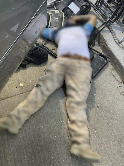 Como resultado del enfrentamiento fue abatido un presunto huachicolero (Foto: Twitter@fernand17704066)