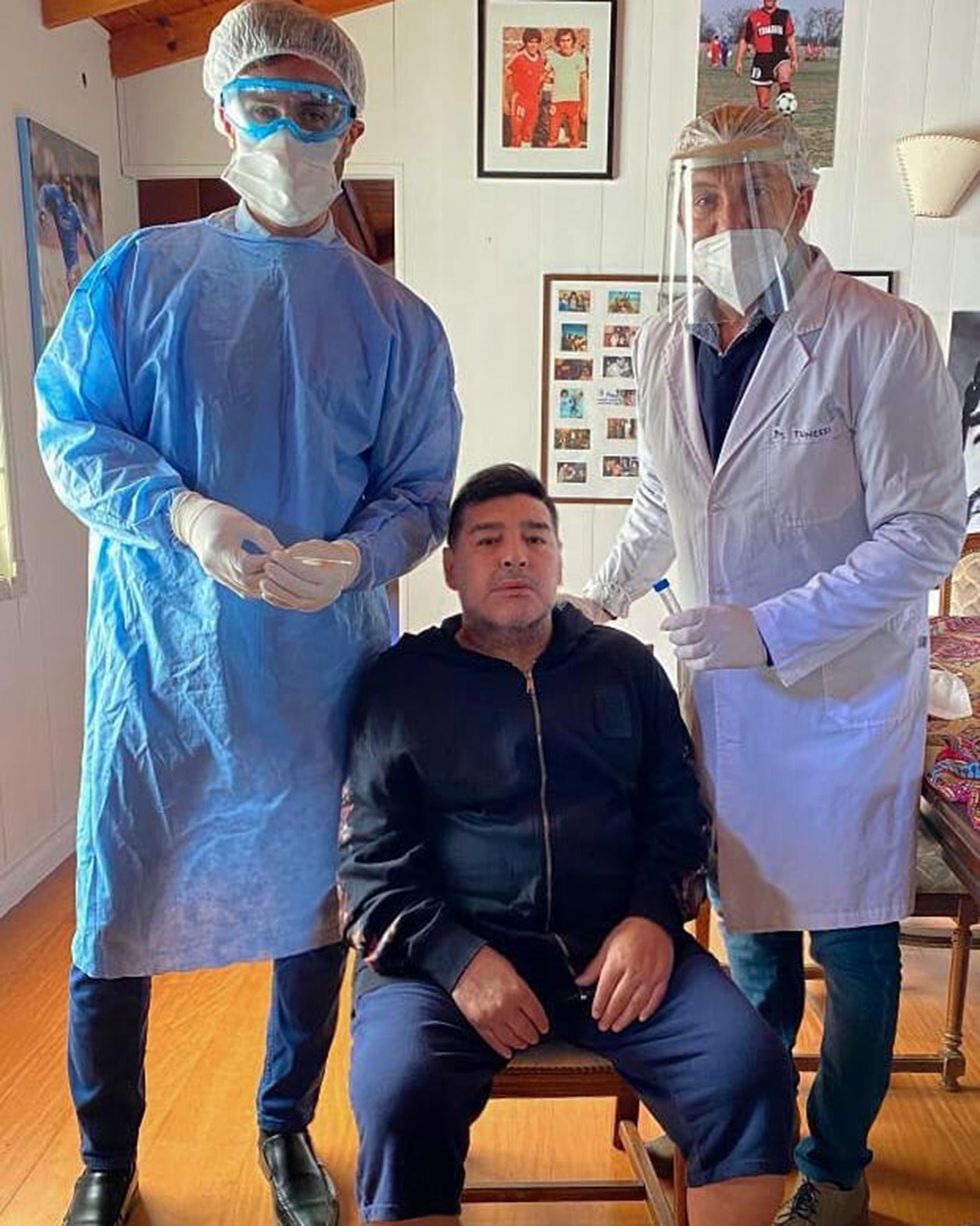 Maradona hisopado