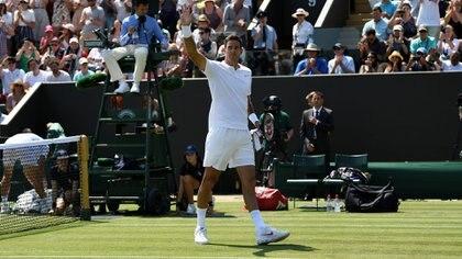 Del Potro jugó un partido de Wimbledon casi desvelado por quedarse a ver a Boca en la final de la Copa Libertadores (REUTERS/Tony O'Brien)