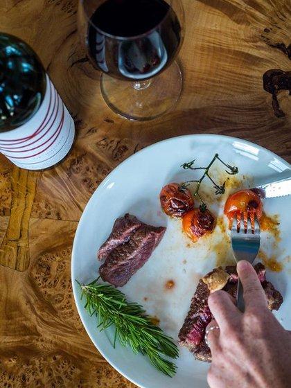 El cordero braseado es una de las tantas opciones gastronómicas que son tan deliciosas como se podría esperar (Zodíaco Bahía Vik)
