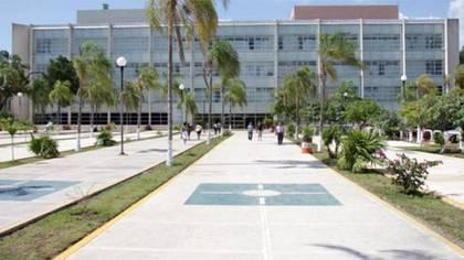 El Hospital General Regional Número 17 del IMSS en Cancún se mantiene un foco de infección debido a un brote intrahospitalario (Foto: ladenunciaonline)
