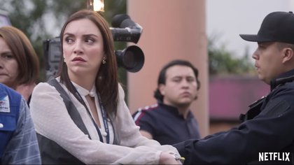 Regina Blandón interpreta a una periodista basada en Lilly Téllez (Foto: Netflix)