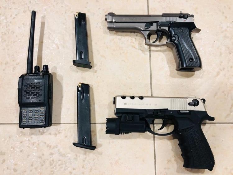 Armas incautadas durante la detención en Colombia