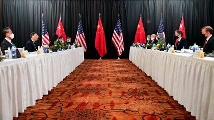 Las delegaciones de EEUU y China se encuentran reunidas en Alaska (Frederic J. Brown/Pool via REUTERS)