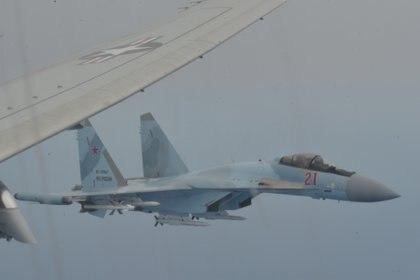 Cazas Su-35 rusos interceptaron a un avión estadounidense en el Mediterráneo
