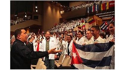 Unos 220.000 trabajadores cubanos han pasado por Venezuela hasta el momento.
