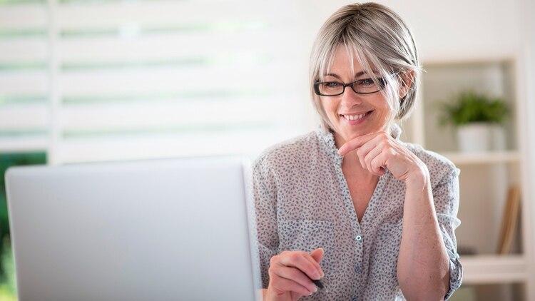 Un estudio sobre más de 46.000 mujeres encontró asociaciones posibles entre los químicos de las tinturas y el cáncer de mama. (Shutterstock)