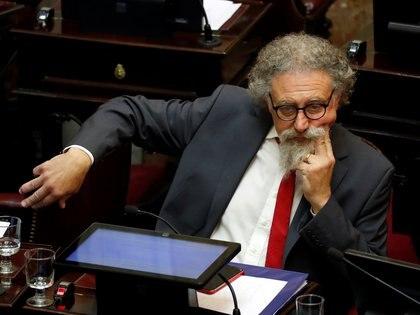 El senador Alfredo Luenzo, presidente de la Comisión Sistemas, Medios de Comunicación y Libertad de Expresión, dice que espera poder tratar la Ley en la próxima sesión